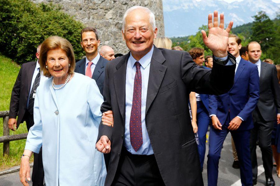 Les princes Hans Adam II et Aloïs et la princesse Marie de Liechtenstein à Vaduz, le 15 août 2019