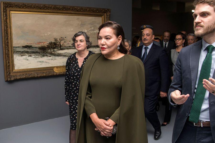 La princesse Lalla Hasnaa du Maroc inaugure une exposition consacrée aux Impressionnistes à Rabat, le 9 avril 2019