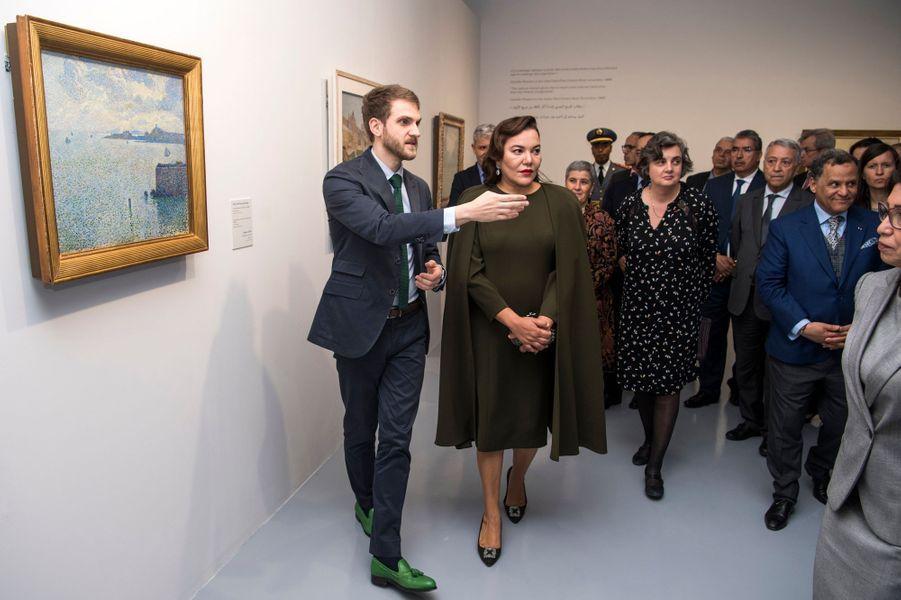 La princesse Lalla Hasnaa du Maroc inaugure une exposition consacrée aux Impressionnistes, le 9 avril 2019 à Rabat