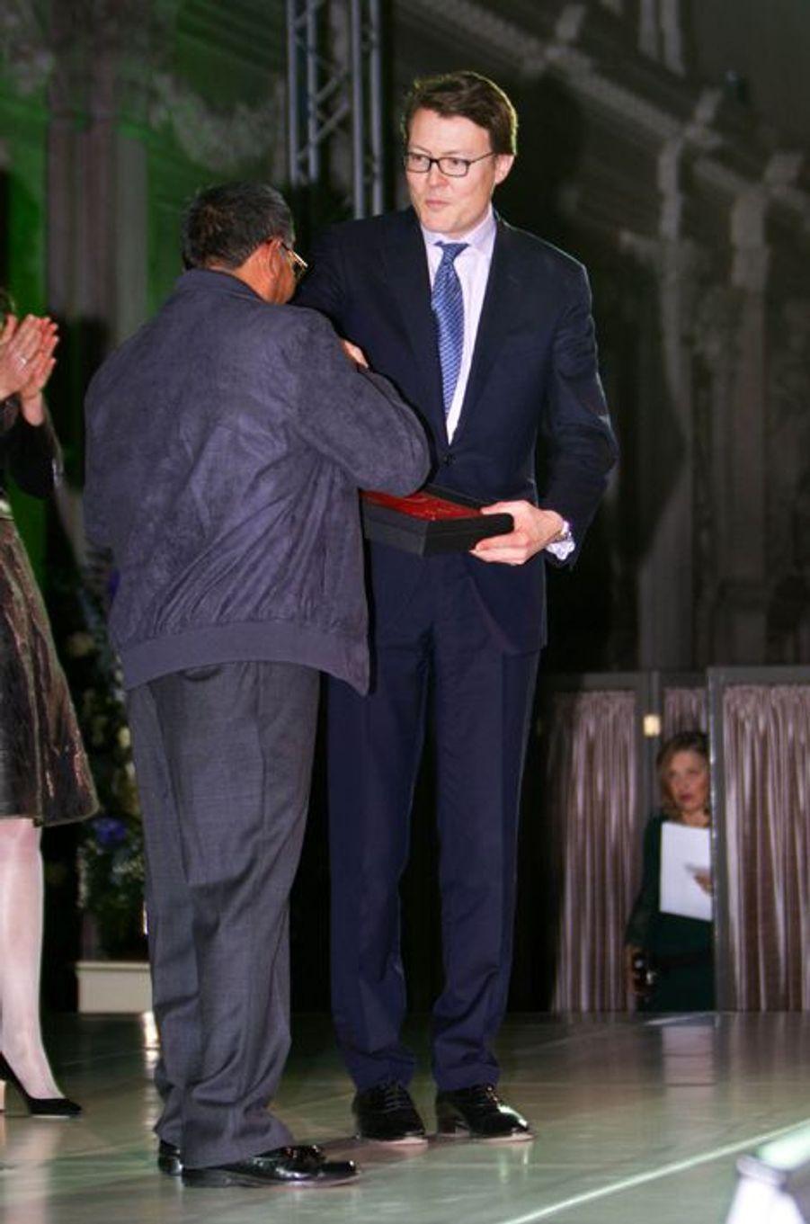 Le prince Constantijn remet le prix du prince Claus à Amsterdam, le 10 décembre 2014