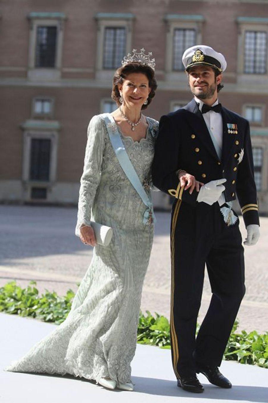 La reine de Suède Silvia et son fils, le prince Carl Philip