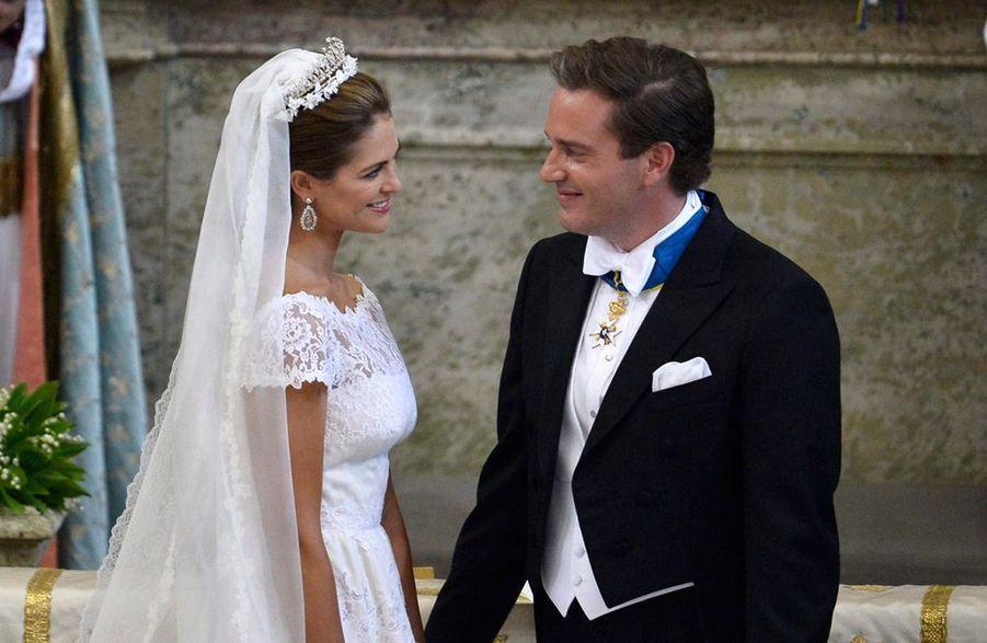 Ce samedi, la Norvège a célébré l'union de la princesse Madeleine et son fiancé, Chris O'Neill, au Palais royal de Stockholm. Tout le gratin de la royauté a participé à l'événement, et par chance, la météo était avec l'heureux couple.