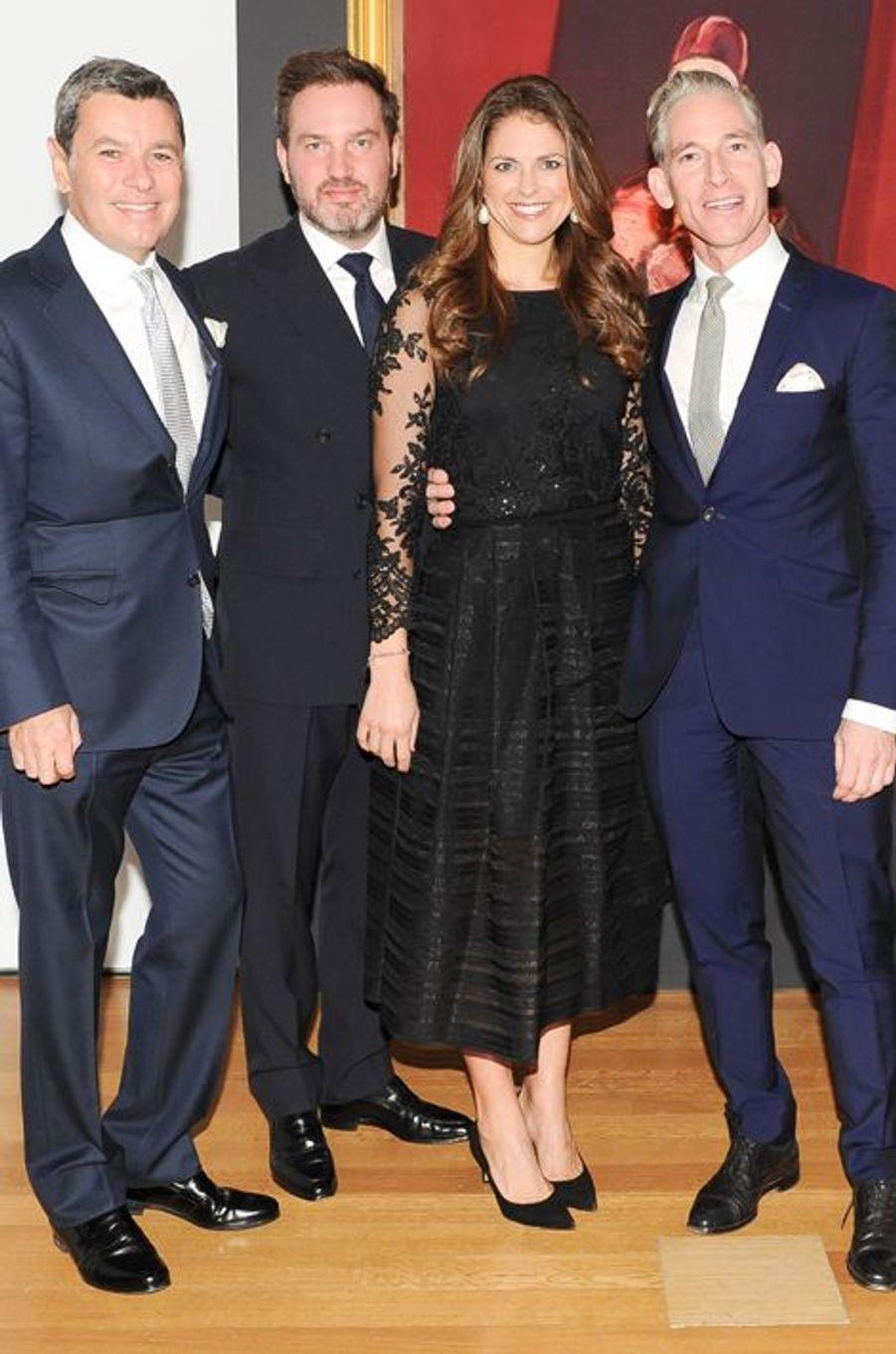 La princesse Madeleine de Suède avec Pedro Girao et Damien Byrnes à New York, le 9 novembre 2014