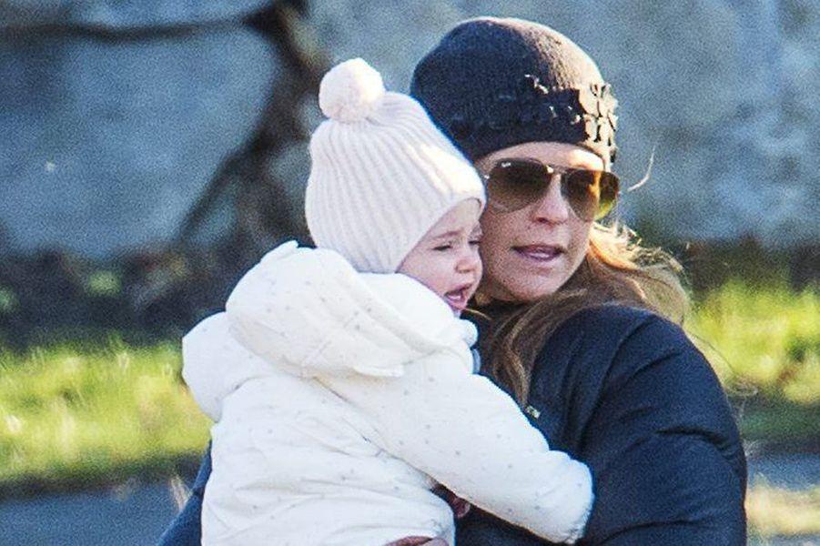 La princesse Madeleine de Suède et sa petite Leonore à Stockholm, le 21 décembre 2014