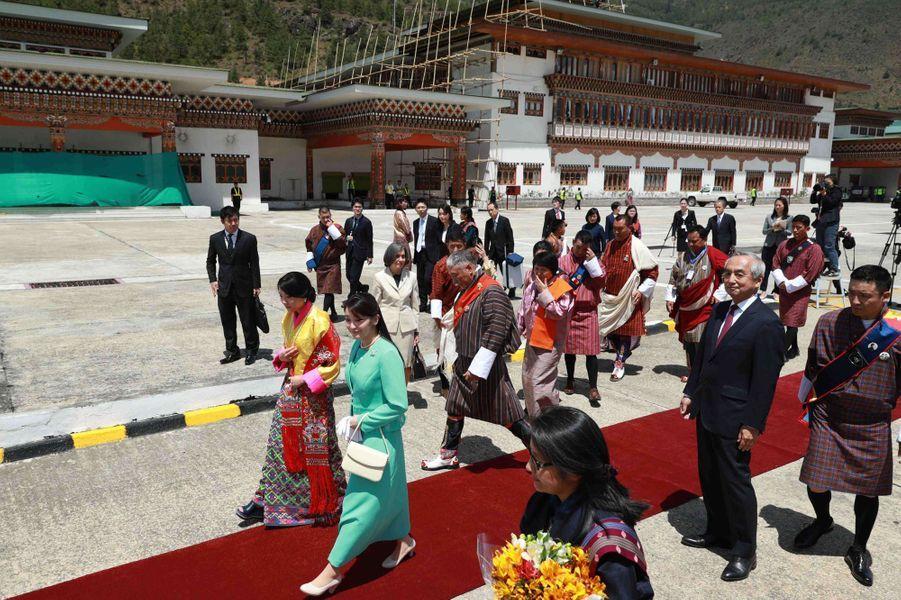 La princesse Mako du Japon avec la princesse Euphelma du Bhoutan à Paro, le 1er juin 2017