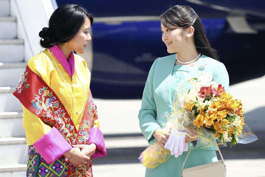 Les princesses Mako du Japon et Euphelma du Bhoutan à Paro, le 1er juin 2017