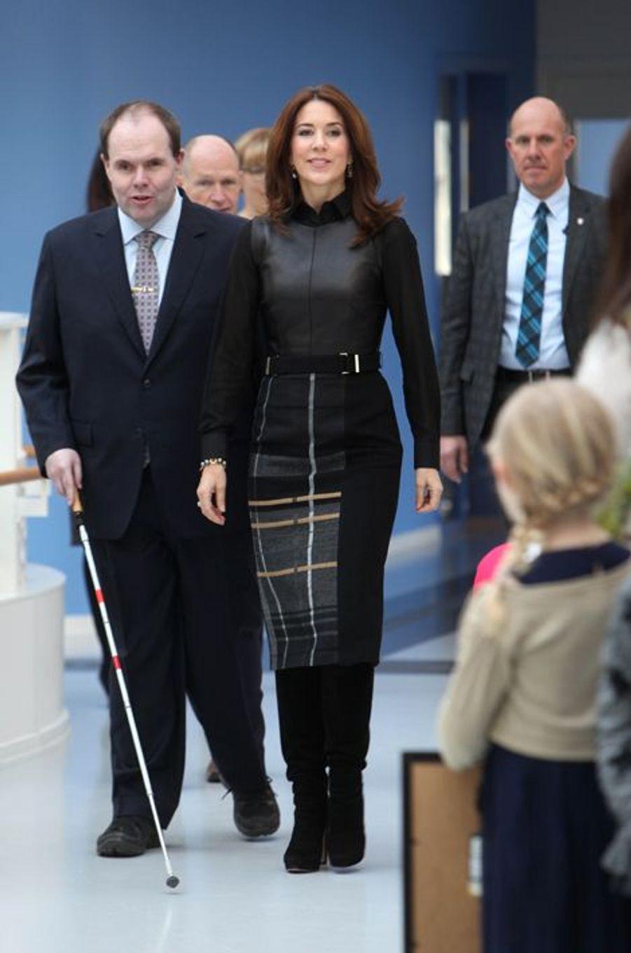 La princesse Mary visite une maison d'organismes de personnes handicapées au Danemark, le 26 février 2015