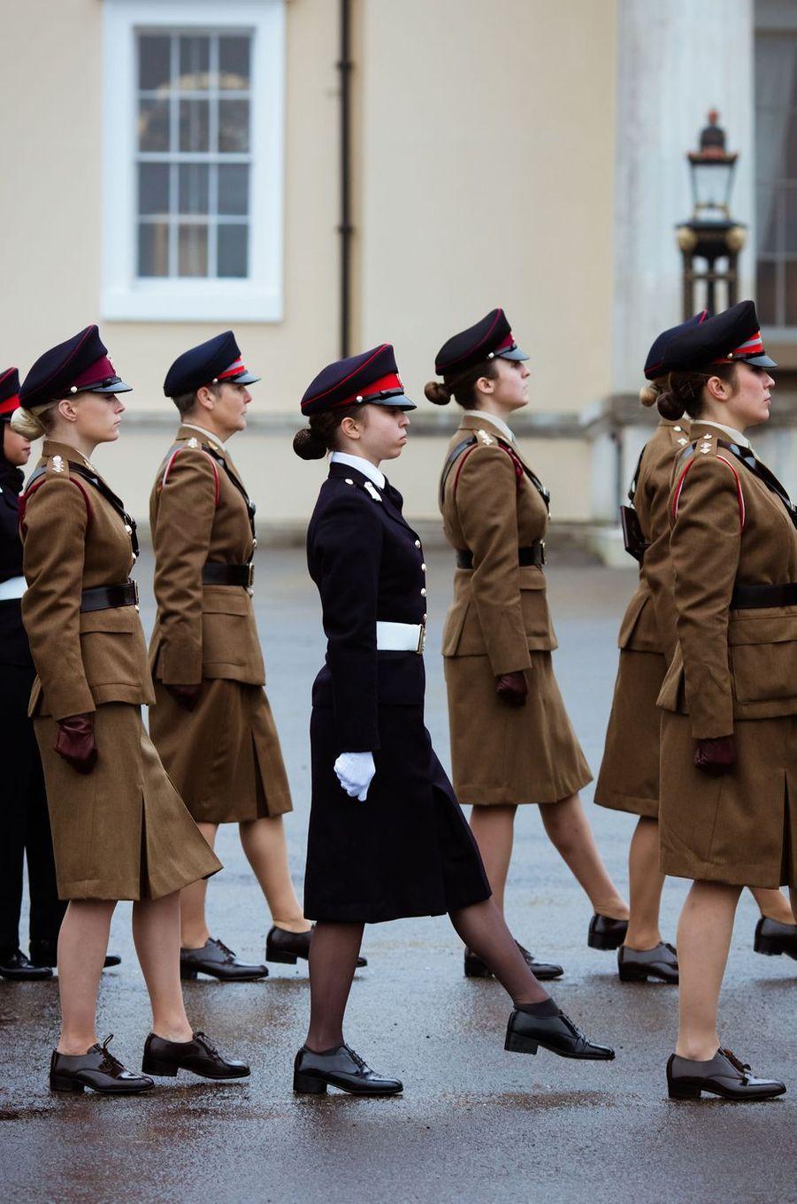 La princesse Salma de Jordanie défile à Sandhurst, le 24 novembre 2018