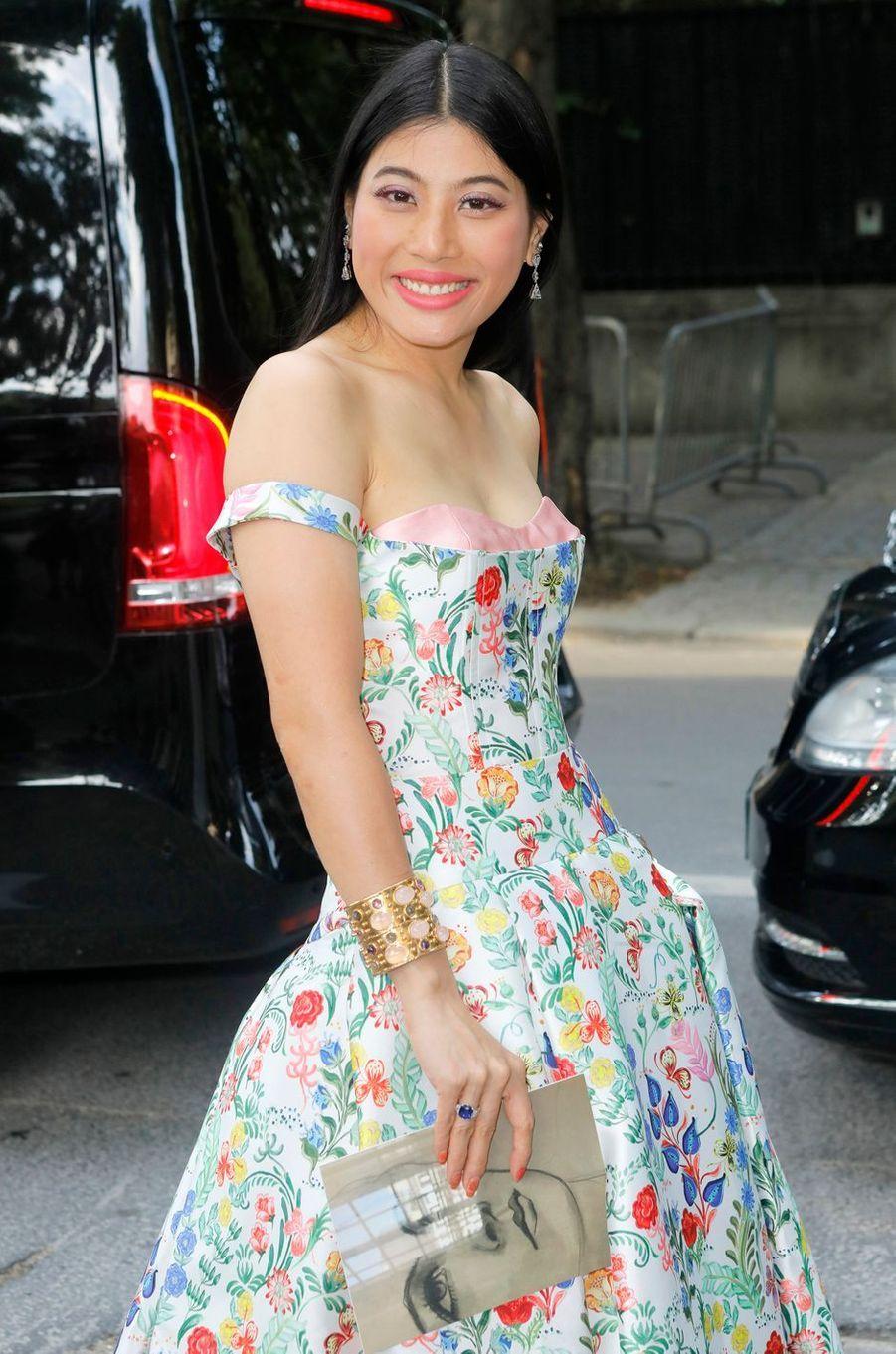Détail du bustier de la robe de la princesse Sirivannavari Nariratana de Thaïlande à Paris, le 2 juillet 2018