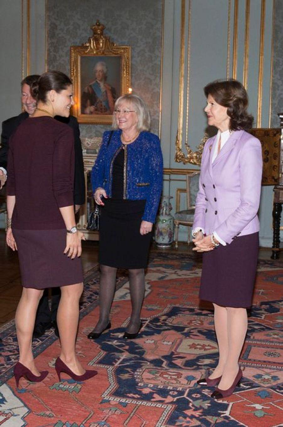 La princesse Victoria de Suède et la reine Silvia à Stockholm, le 18 novembre 2014