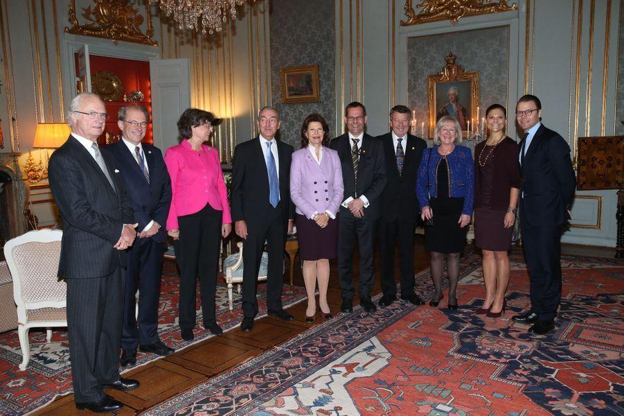 Le roi Carl XVI Gustaf de Suède, la princesse Victoria, la reine Silvia, le prince Daniel et les anciens présidents du Riksdag à Stockholm, le 18...