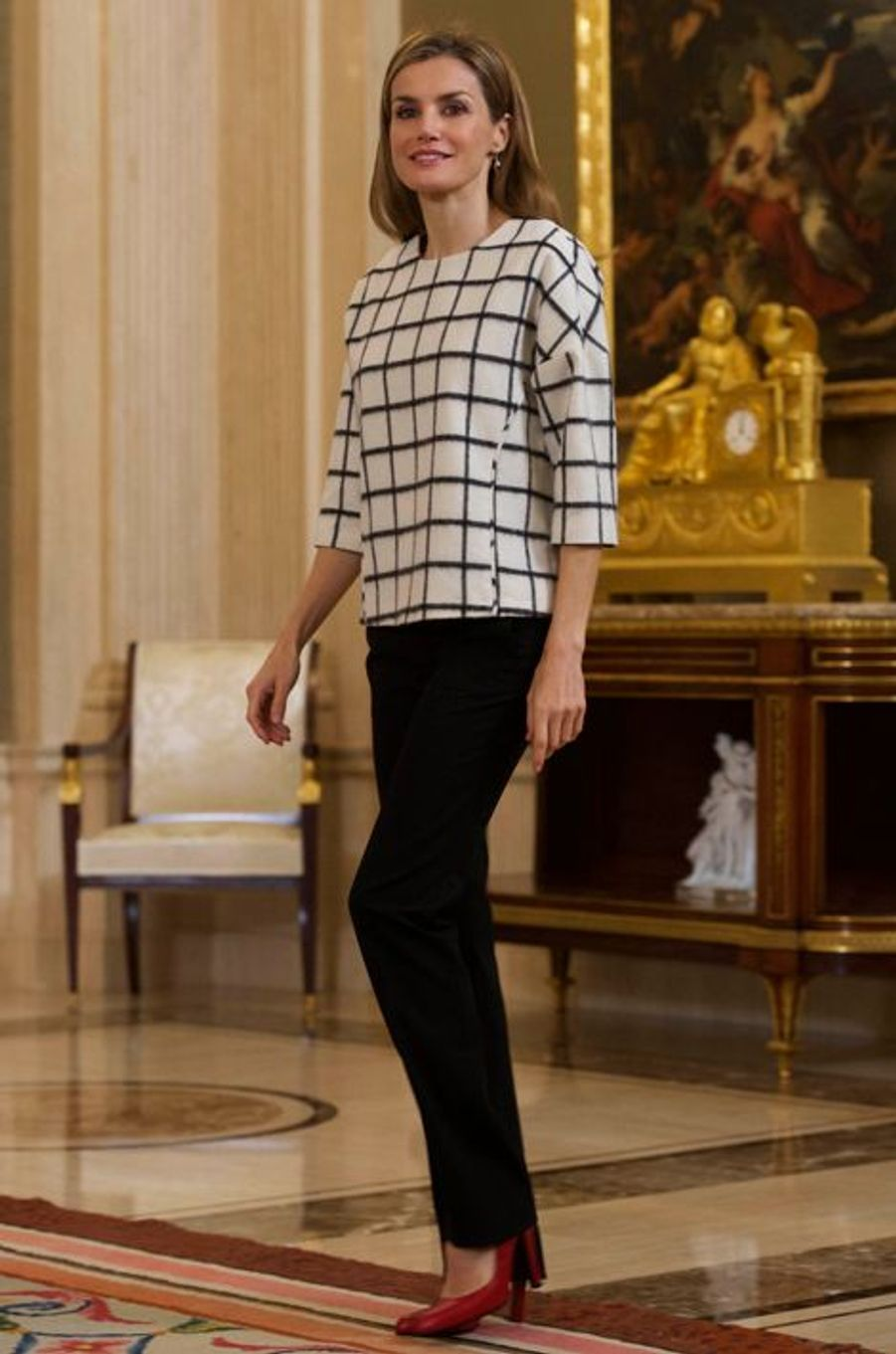 La reine Letizia d'Espagne au palais de la Zarzuela à Madrid, le 3 novembre 2014