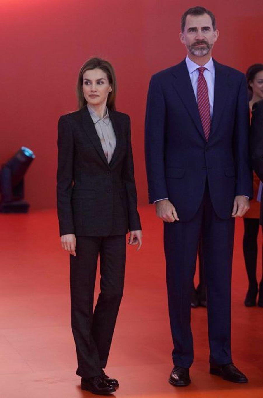 Le roi Felipe et la reine Letizia d'Espagne inaugurent le FITUR à Madrid, le 28 janvier 2015
