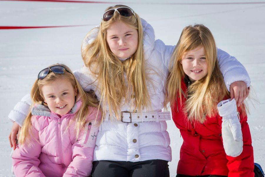 Les petites princesses Ariane, Catharina-Amalia et Alexia à Lech, le 23 février 2015