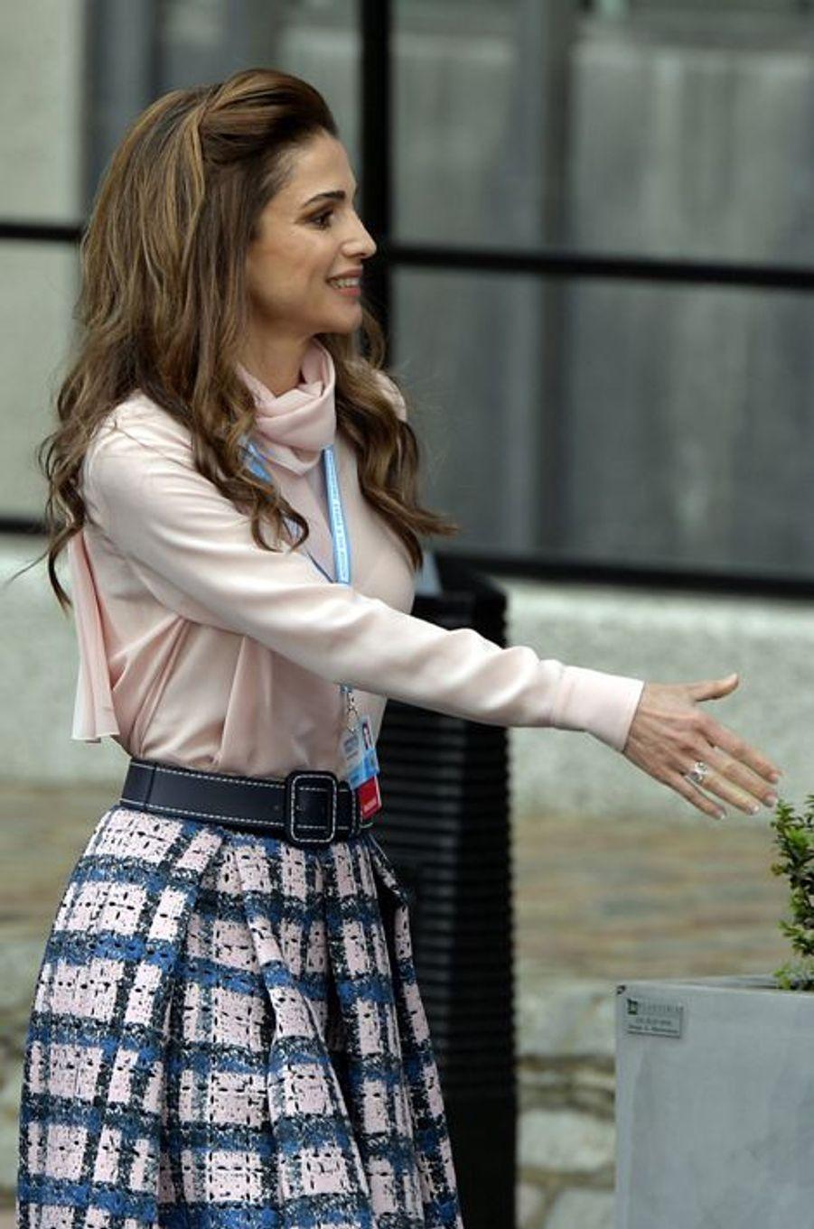 La reine Rania de Jordanie à Londres, le 4 février 2016