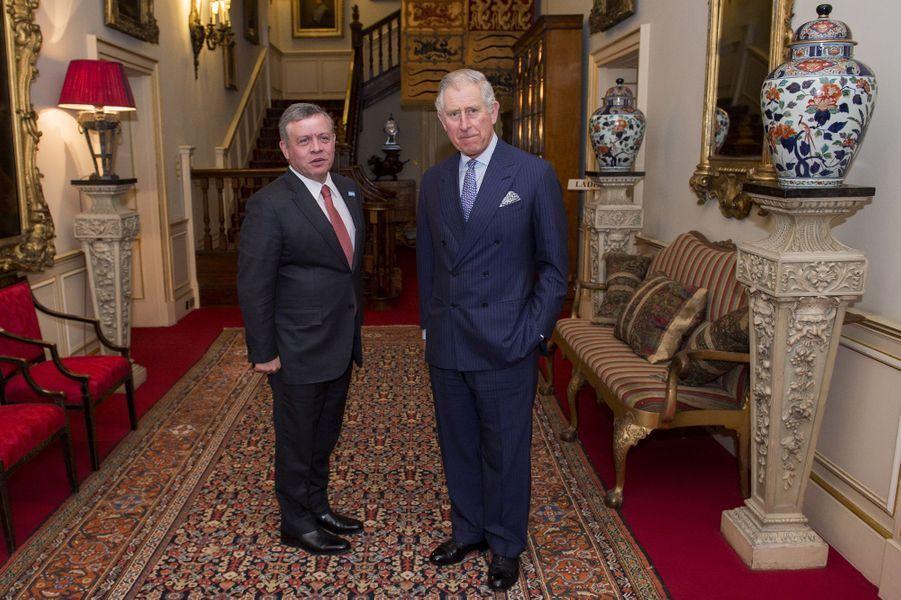 Le roi Abdallah II de Jordanie avec le prince Charles à Londres, le 4 janvier 2016