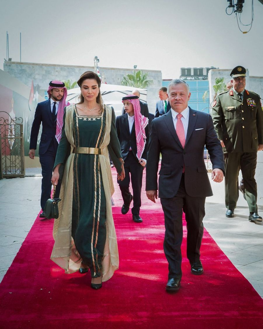 La reine Rania et le roi Abdallah II de Jordanie avec trois de leurs quatre enfants à Amman, le 25 mai 2019