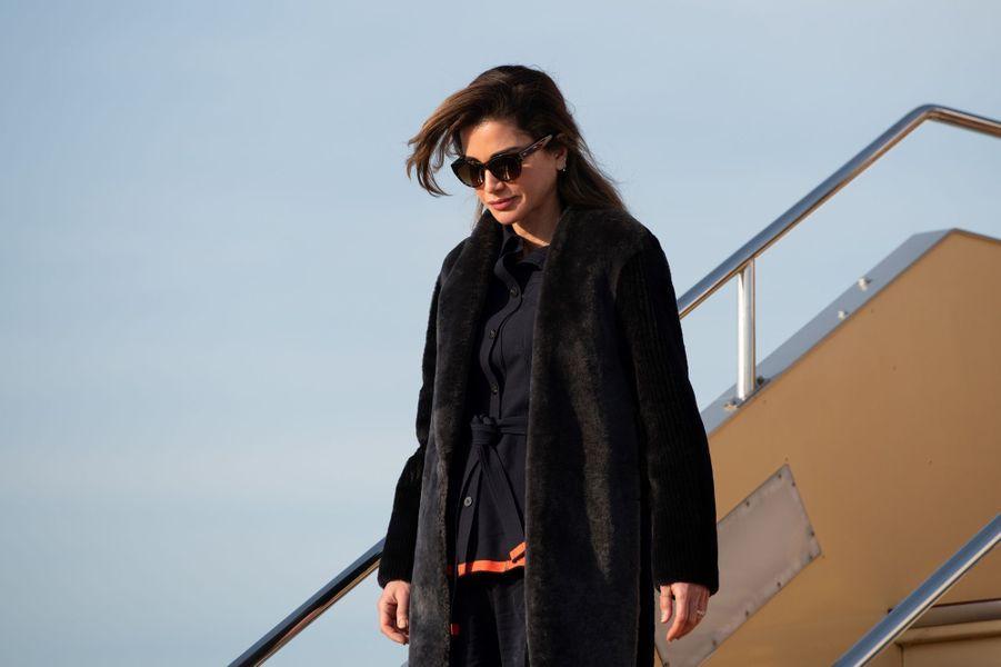 La reine Rania de Jordanie à son arrivée à Tokyo, le 25 novembre 2018