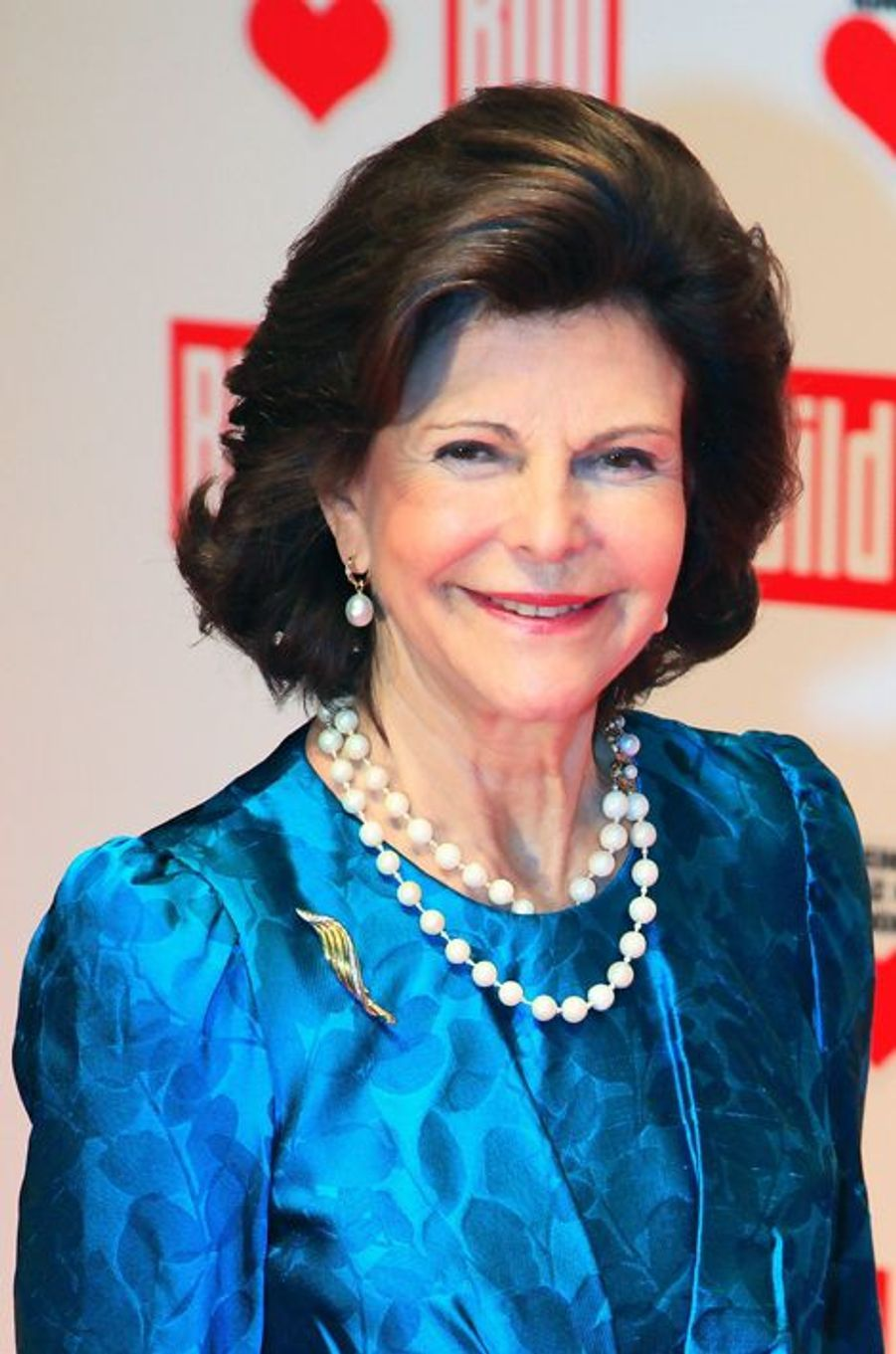 """La reine Silvia de Suède au gala """"Ein Herz fuer Kinder"""" à Berlin, le 6 septembre 2014"""
