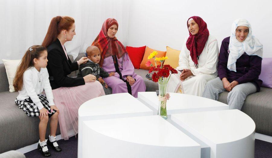 Avec sa mère Lalla Salma, pour son association de lutte contre le cancer