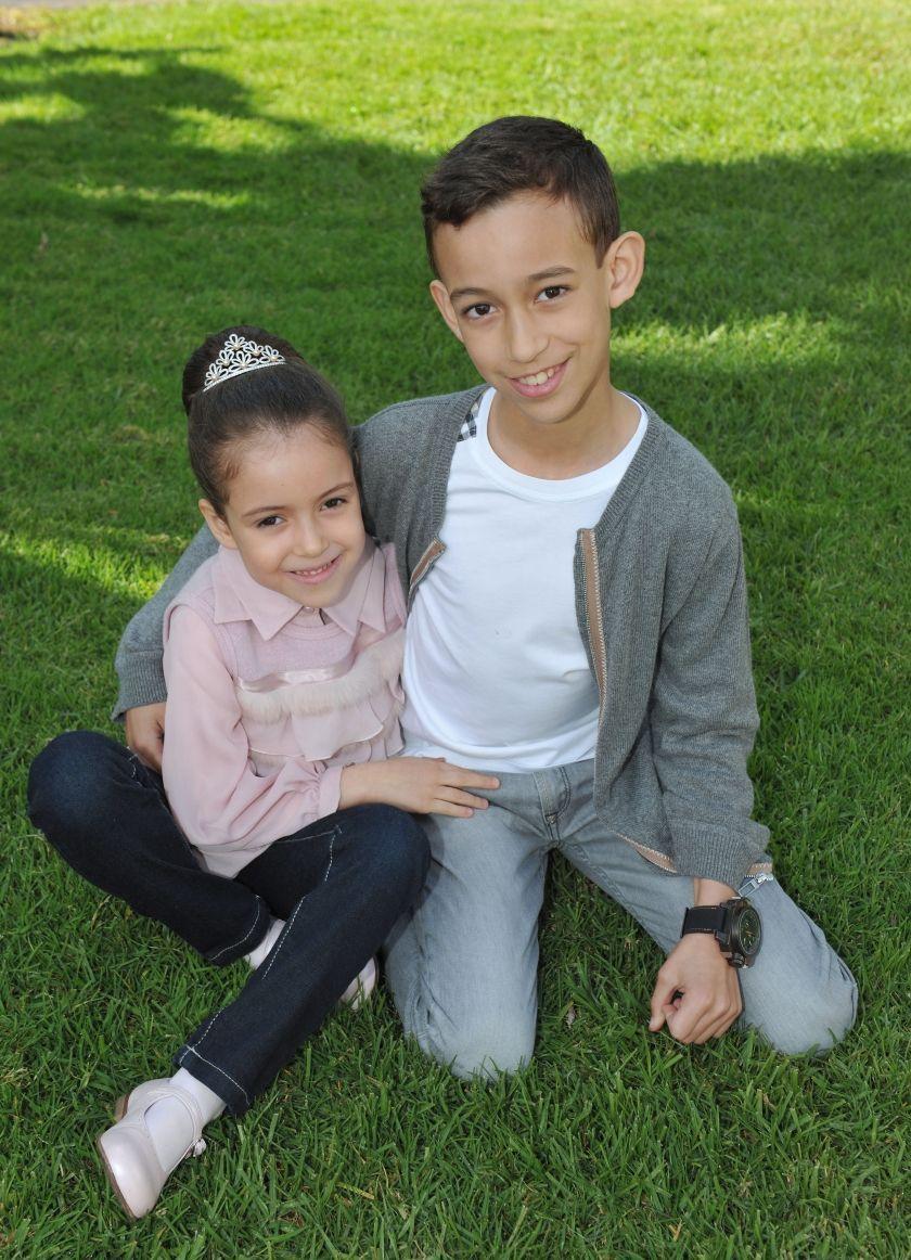 Pour ses six ans, avec son frère le prince Moulay Hassan
