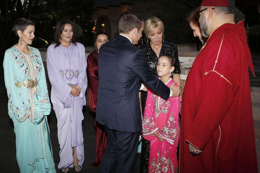 La princesse Lalla Khadija du Maroc rencontre Emmanuel et Brigitte Macron à Rabat, le 14 juin 2017
