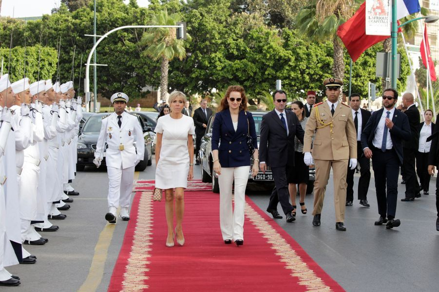 La princesse Lalla Salma du Maroc avec Brigitte Macron à Rabat, le 14 juin 2017