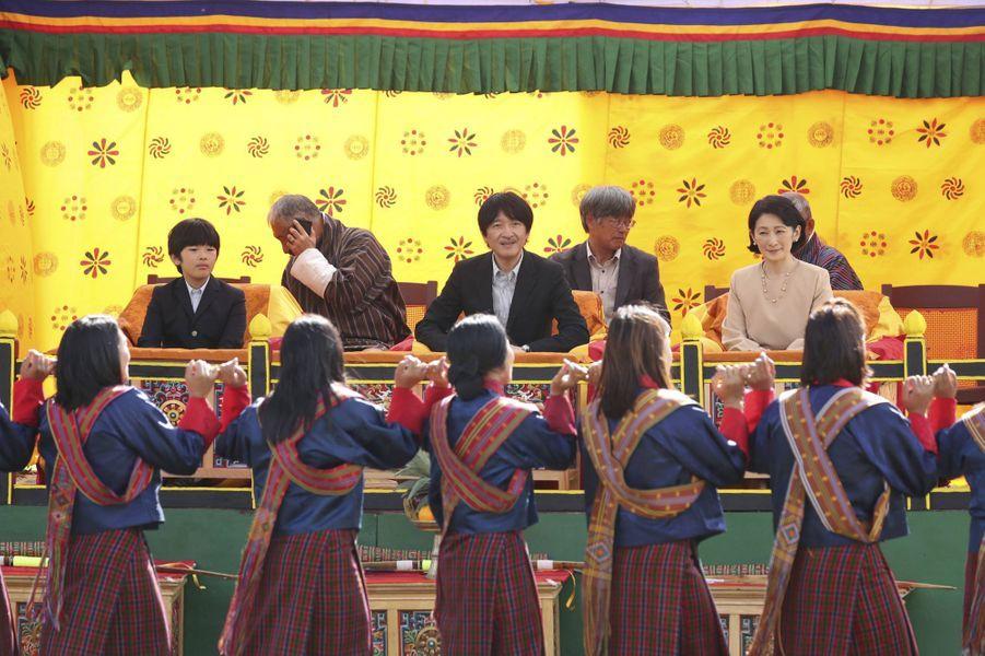 Le prince Hisahito du Japon et ses parents le prince Fumihito d'Akishino et la princesse Kiko à Thimphou au Bhoutan, le 19 août 2019