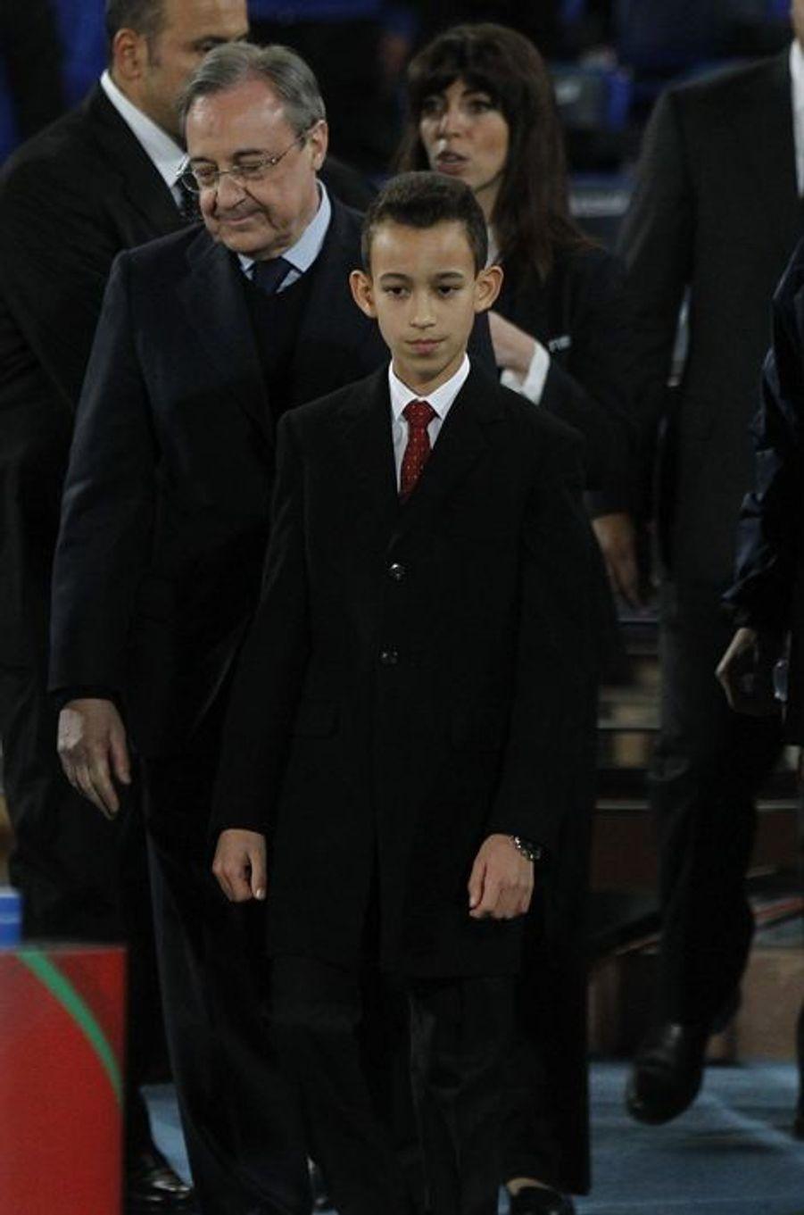 Le prince Moulay El Hassan du Maroc au Grand stade à Marrakech, le 20 décembre 2014