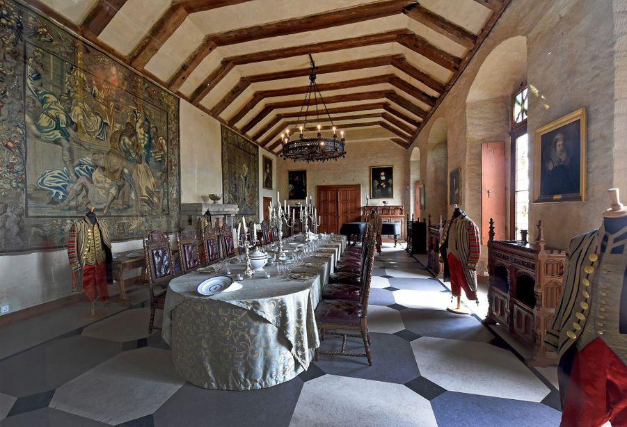 La salle à manger du château de Marienburg en Allemagne, le 27 juin 2017