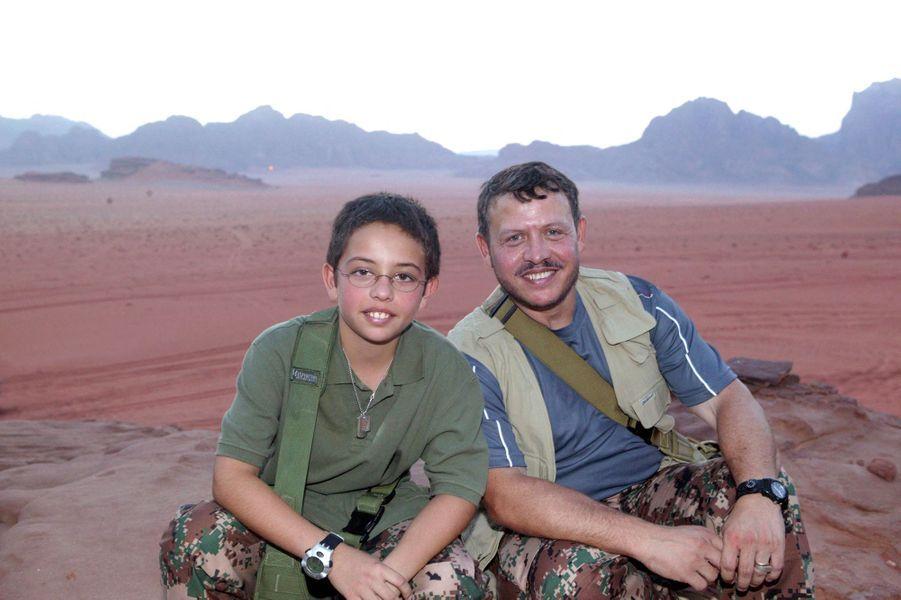 Le prince Hussein de Jordanie avec son père le roi Adballah II, le 1er février 2008