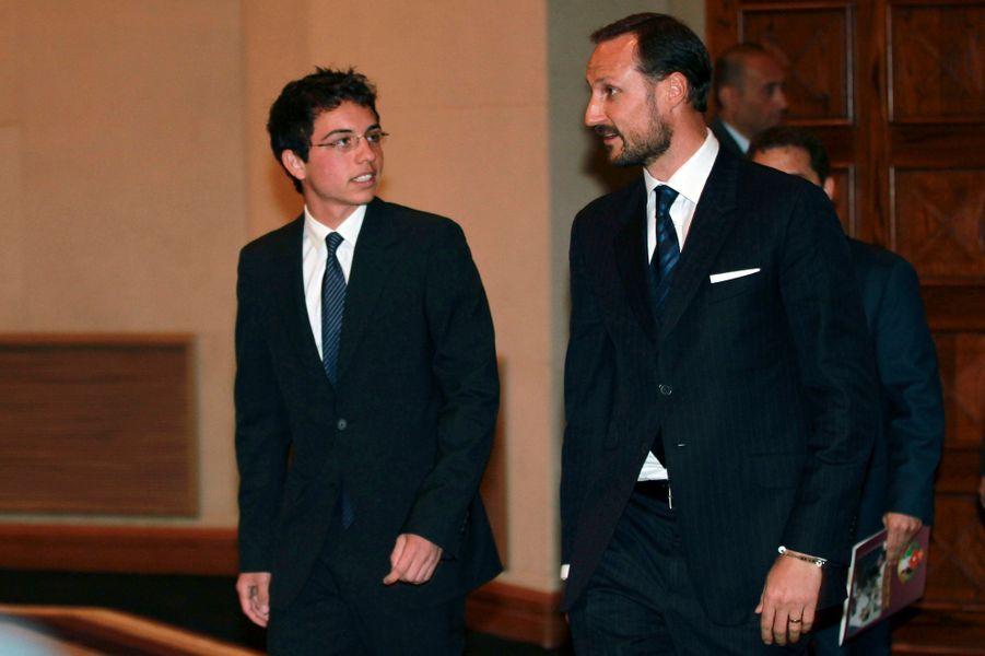 Le prince Hussein avec le prince Haakon de Norvège, le 24 avril 2012