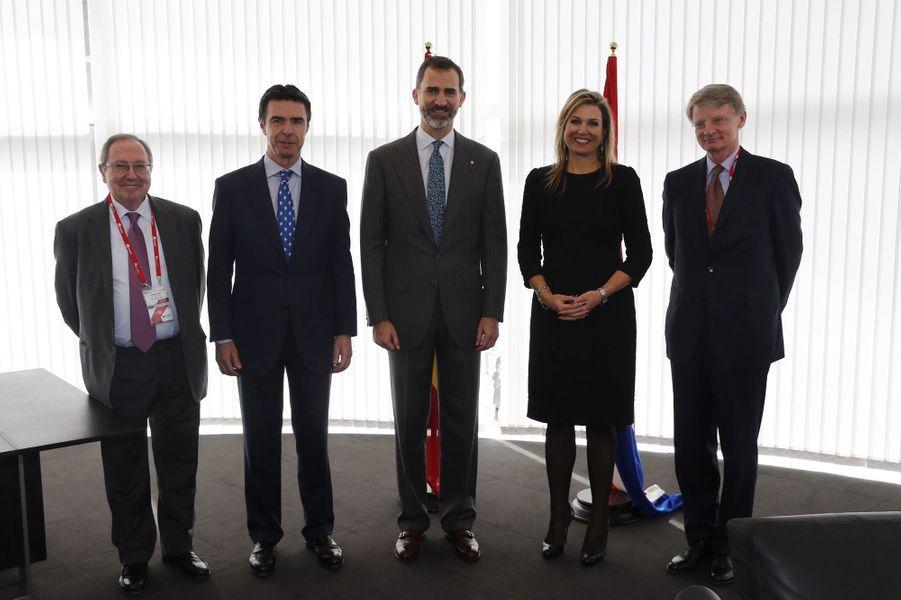 Le roi Felipe d'Espagne avec la reine Maxima des Pays-Bas à Barcelone, le 2 mars 2015