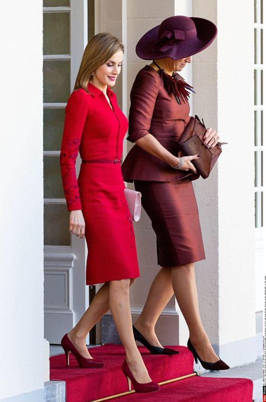 La reine Letizia d'Espagne et la reine Maxima des Pays-Bas à La Haye, le 15 octobre 2014