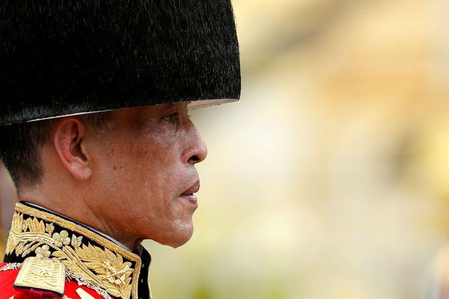Le roi Maha Vajiralongkorn, lors des funérailles de son père le roi Bhumibol de Thaïlande, le 26 octobre 2017