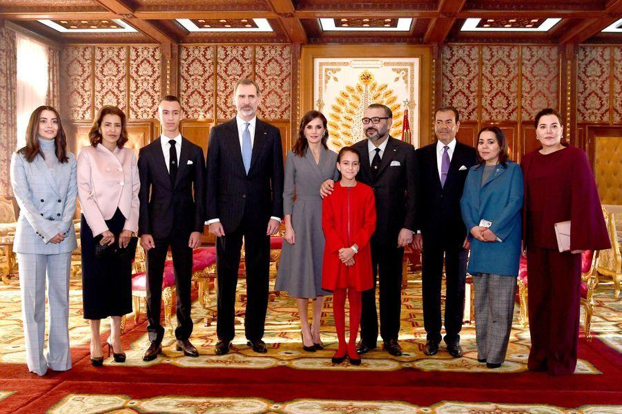 La famille royale du Maroc et le couple royal espagnol, à Rabat le 13 février 2019