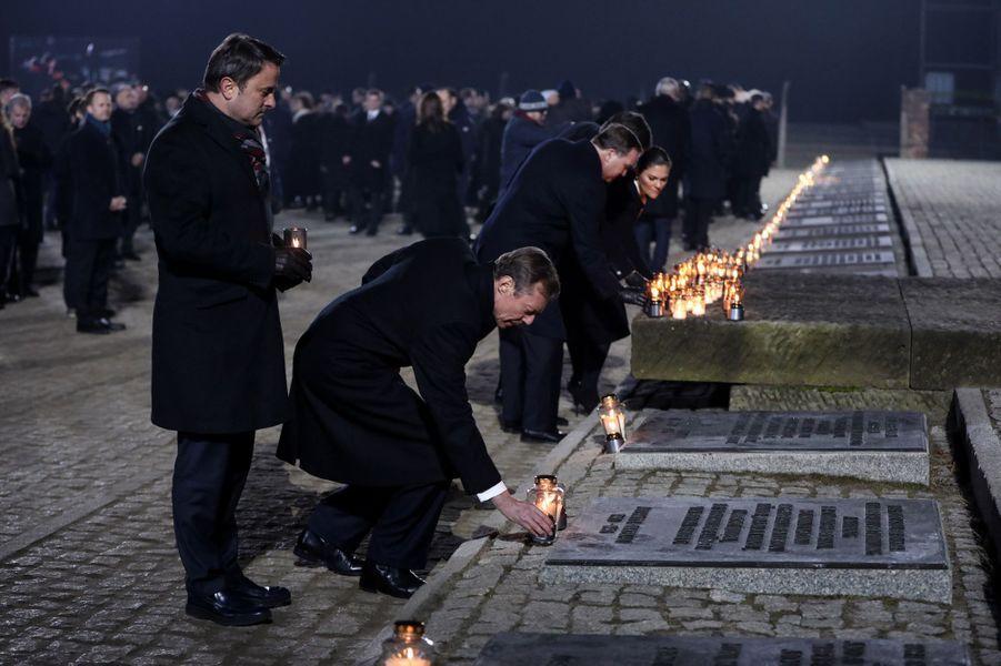 Le grand-duc Henri de Luxembourg et la princesse héritière Victoria de Suède à Auschwitz-Birkenau, le 27 janvier 2020