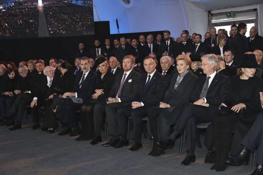 Au premier rang, les rois et reines d'Espagne, des Pays-Bas et de Belgique à Auschwitz-Birkenau, le 27 janvier 2020