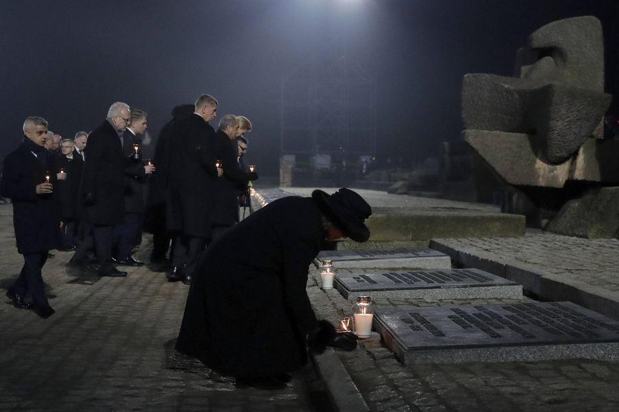 La duchesse de Cornouailles Camilla à Auschwitz-Birkenau, le 27 janvier 2020