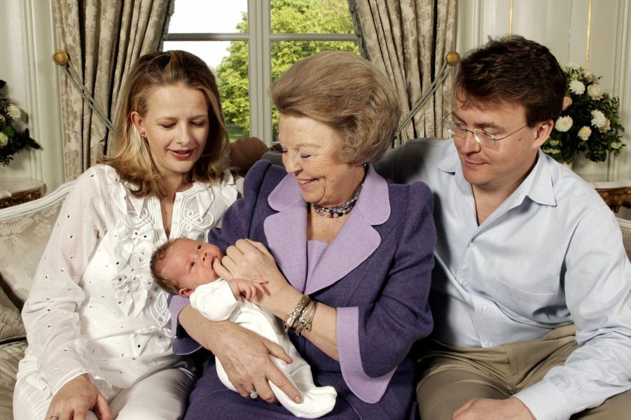 La naissance de Luana en avril 2005