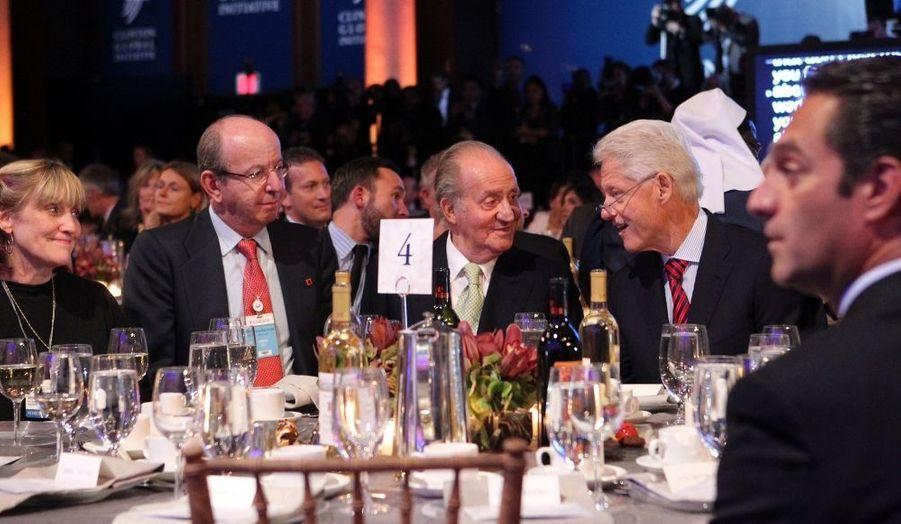 Juan Carlos à table avec Bill Clinton