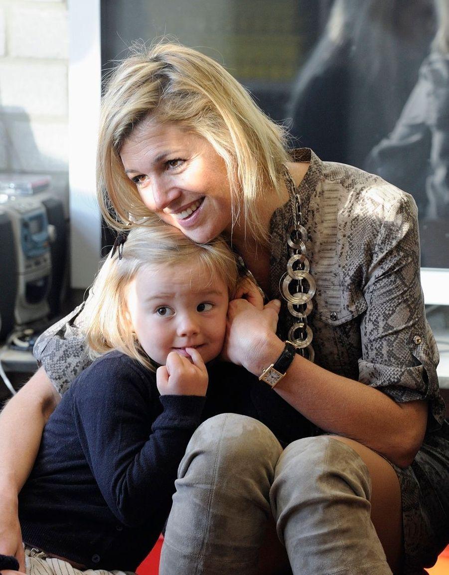 Ariane et sa maman, à la rentrée des classes de 2011