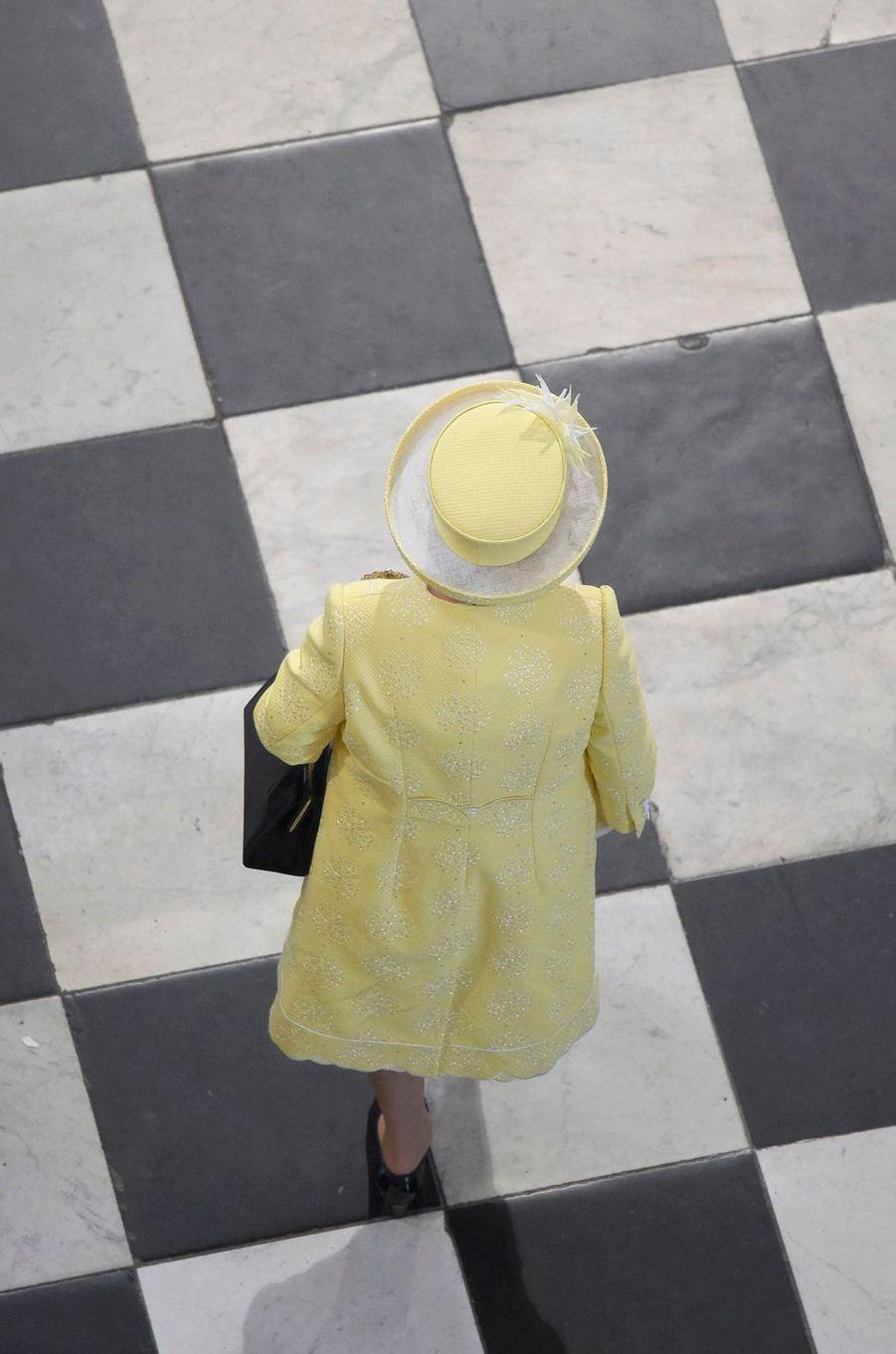 Ce vendredi 10 juin, la duchesse de Cambridge, née Kate Middleton, était aux côtés de la reine Elizabeth II et de la famille royale britannique à la cathédrale Saint-Paul à Londres pour le premier acte du long week-end de festivités des 90 ans de la souveraine.