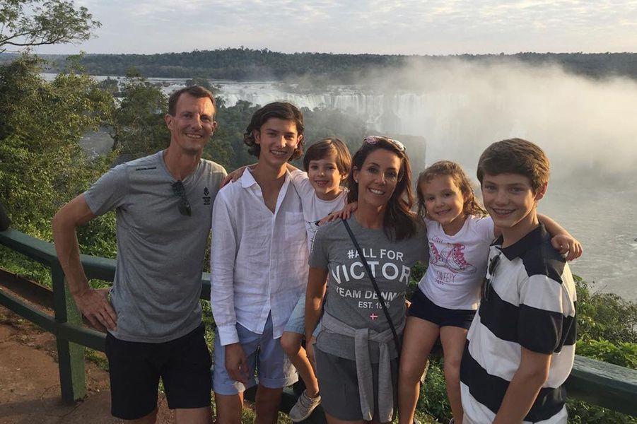 Arrivés fin juillet en famille au Brésil en prélude aux JO de Rio, la princesse Marie et le prince Joachim de Danemark y ont été rejoints par la princesse Mary et le prince Frederik.