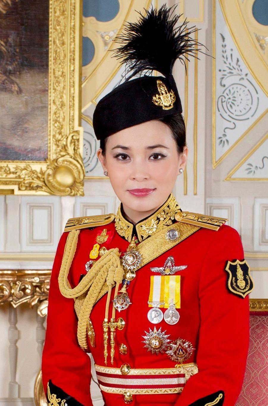 La reine consort Suthida de Thaïlande. Portrait diffusé le 17 mai 2019