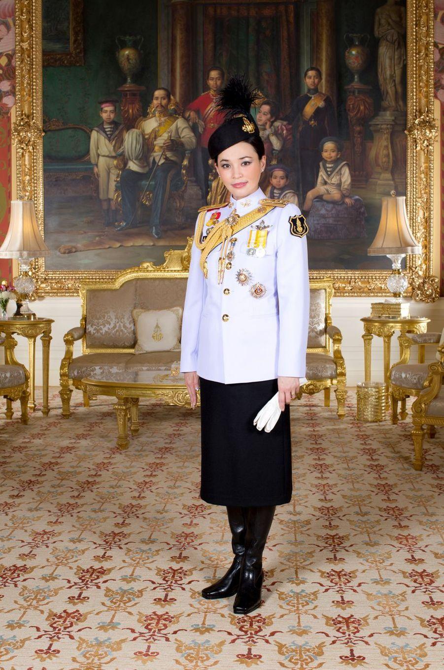 La reine Suthida de Thaïlande, épouse du roi Maha Vajiralongkorn (Rama X). Portrait diffusé le 17 mai 2019