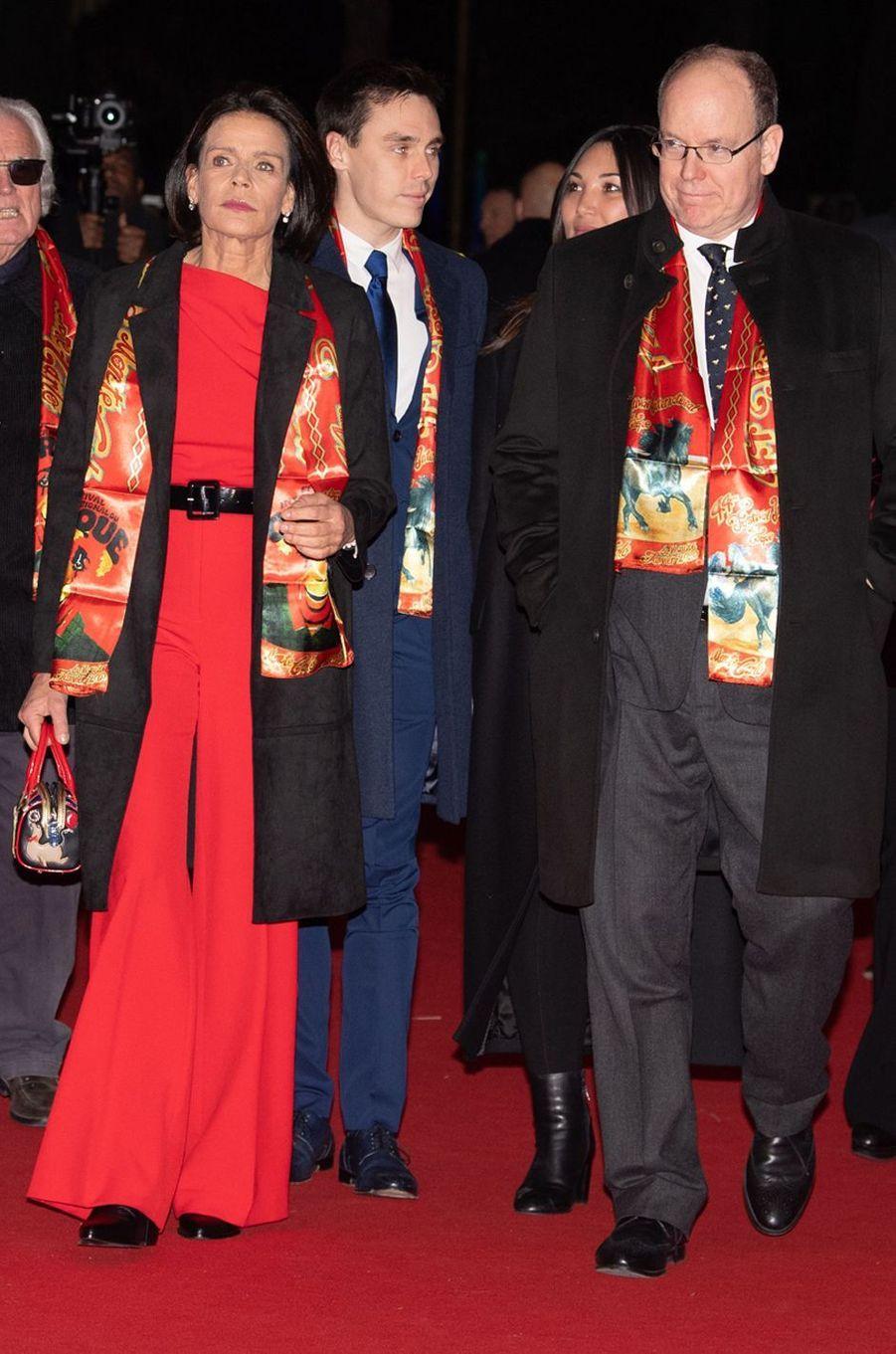 La princesse Stéphanie de Monaco dans une combinaison pantalon rouge, 16 janvier 2020