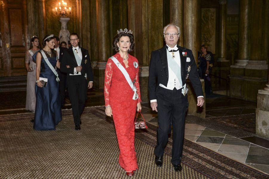 La famille royale de Suède au palais royal à Stockholm, le 11 décembre 2014