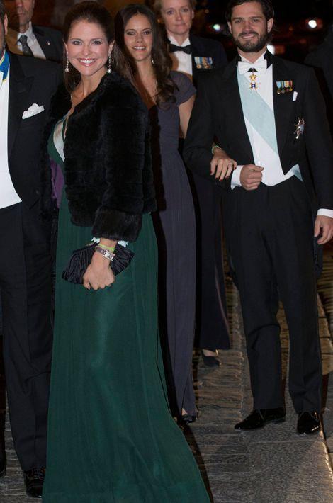 La princesse Madeleine de Suède, le prince Carl Philip et sa fiancée Sofia Hallqvist à l'Académie suédoise à Stockholm, le 20 décembre 2014
