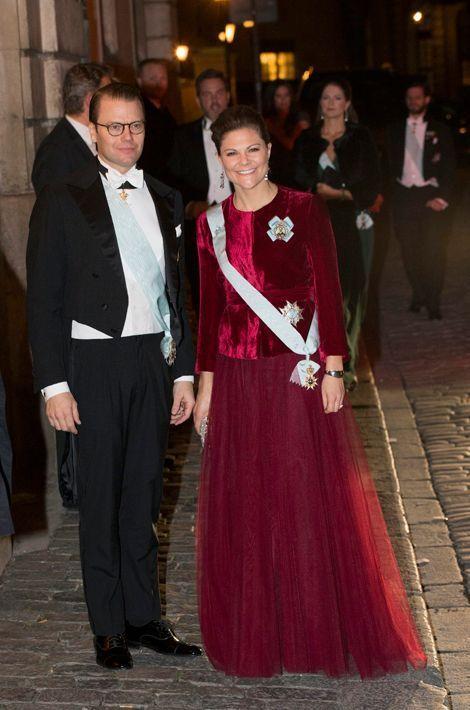 La princesse Victoria de Suède et le prince Daniel à l'Académie suédoise à Stockholm, le 20 décembre 2014